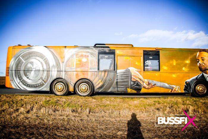 Komplett 15 m buss. (Hvelvet 2020)